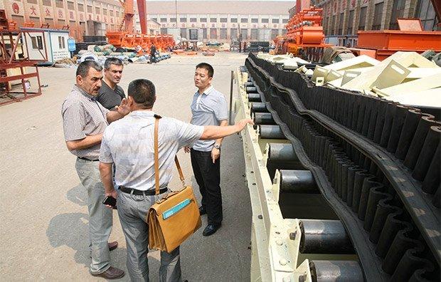 Los clientes rusos visitan la planta de hormigón de Camelway2
